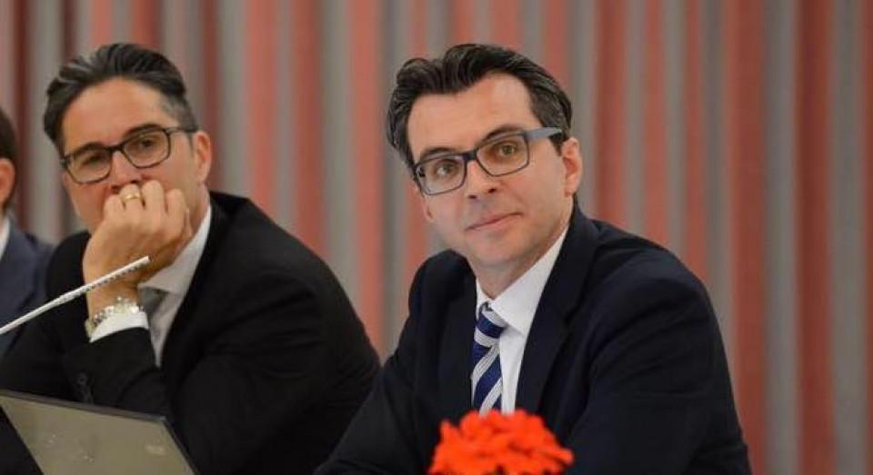 Arno Kompatscher, Giovanni Seppi